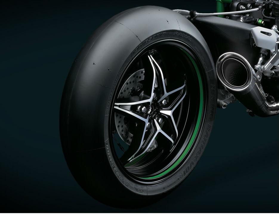 H2r Rear tire