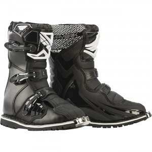 """Fly Racing Maverik Dual Sport/ATV Boots 11"""" overall height (3-4 inches shorter than most boots). Double stitched ATV/Enduro Vibram sole for ultimate traction. 3 buckle design."""