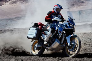18_Honda_Africa_Twin_Adventure_Sports_Action_Image_17