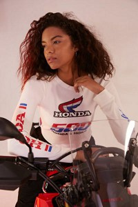 Honda-Forever-21-Announce-Collaboration_101-400x600